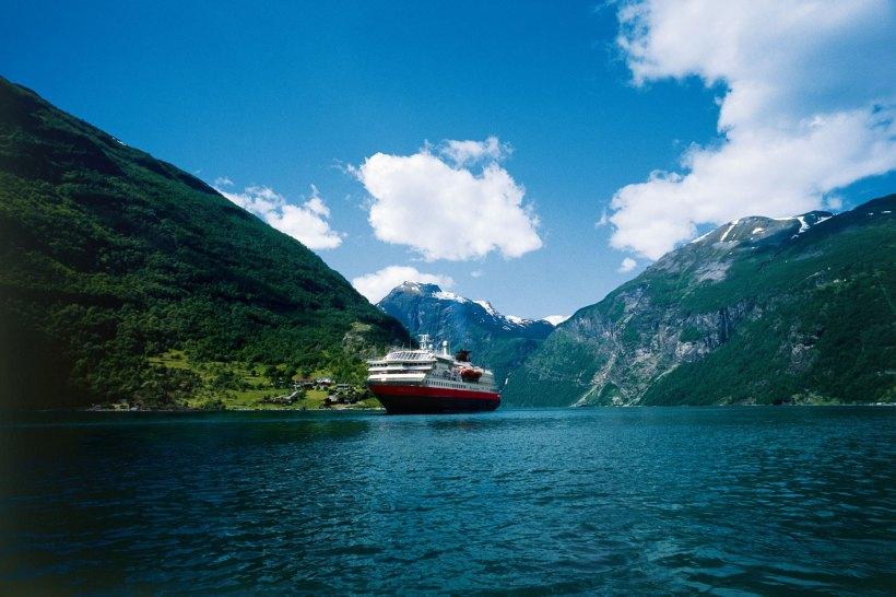 hurtigruten-norvegia